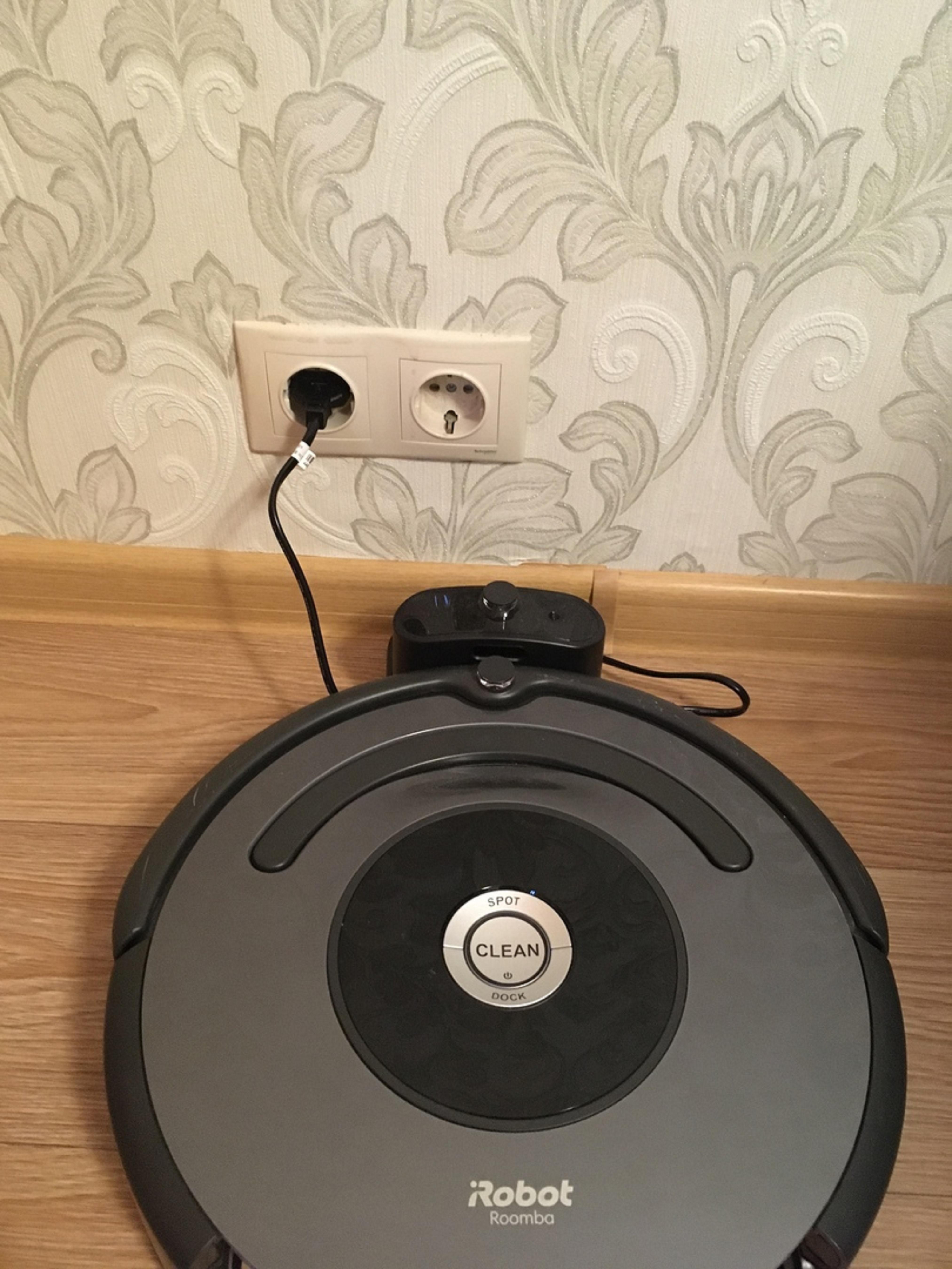 Обзор на робот-пылесос iRobot Roomba 676. Бюджетный надежный помощник.