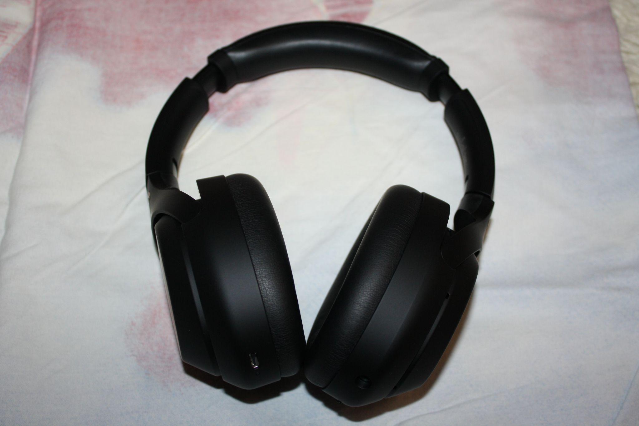 Обзор на беспроводные наушники с микрофоном Sony WH-1000XM4 Black