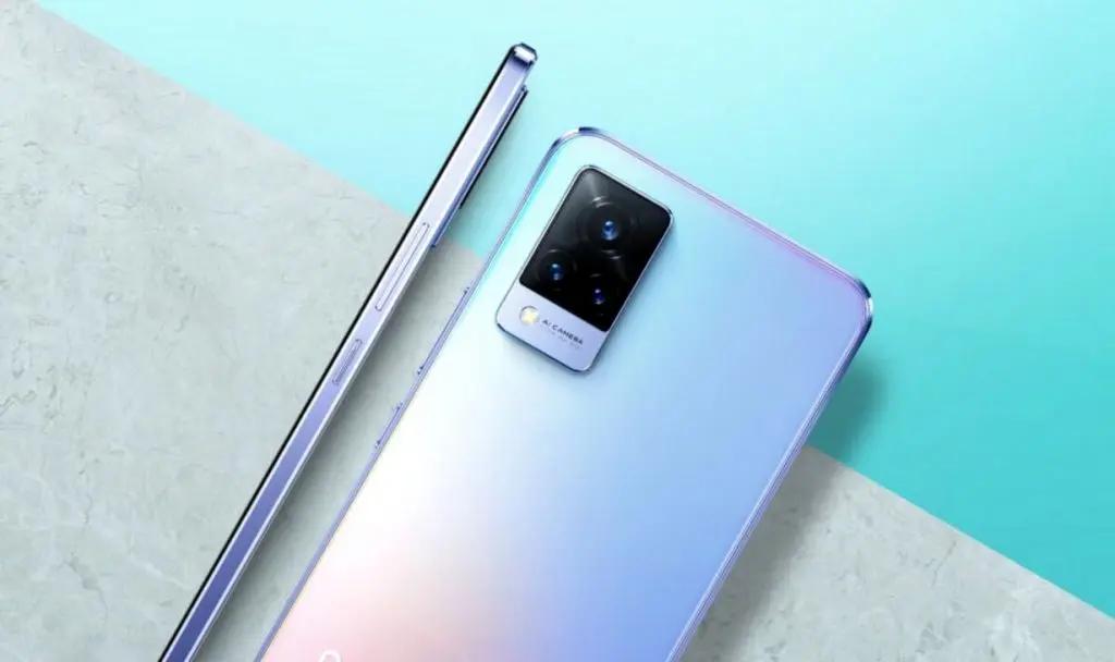 Названы лучшие смартфоны для селфи