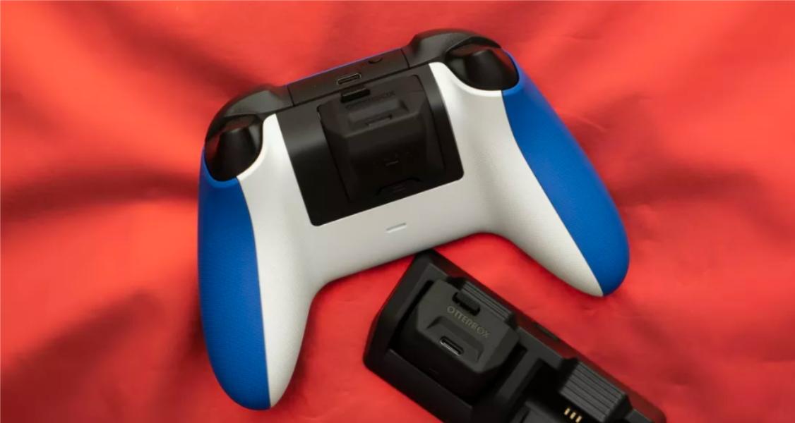 Для геймпадов Xbox выпустили удобные сменные аккумуляторы