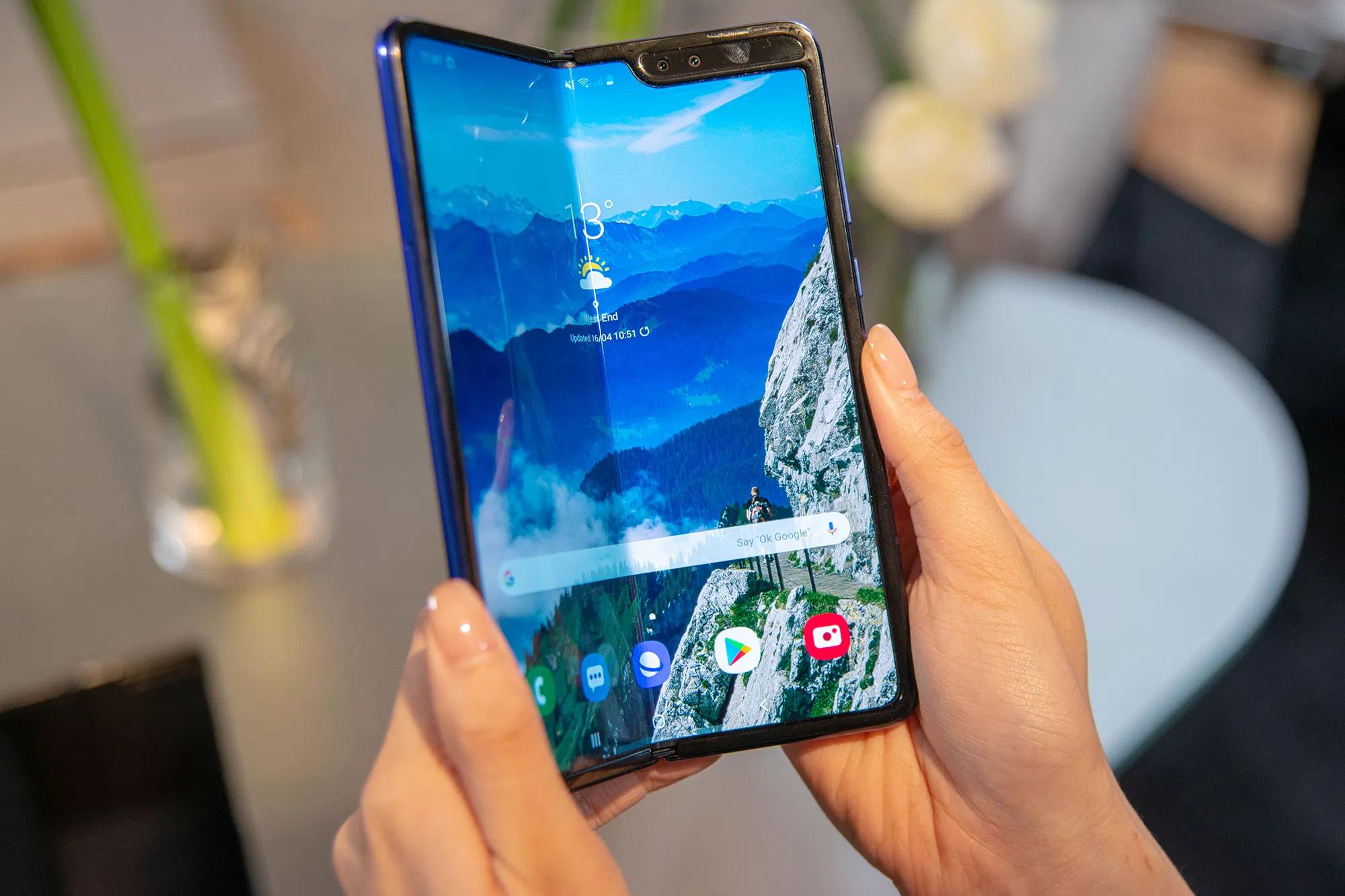 Google, Vivo и Xiaomi выпустят складные смартфоны в 2021 году