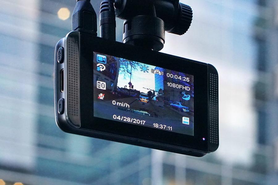 Как выбрать видеорегистратор? 9 главных характеристик