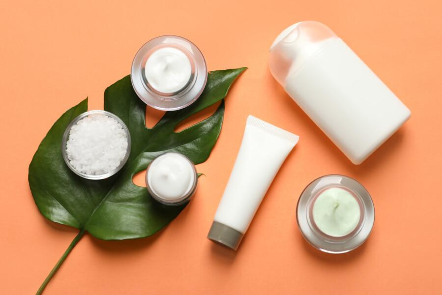 Как ухаживать за кожей осенью: 5 базовых правил