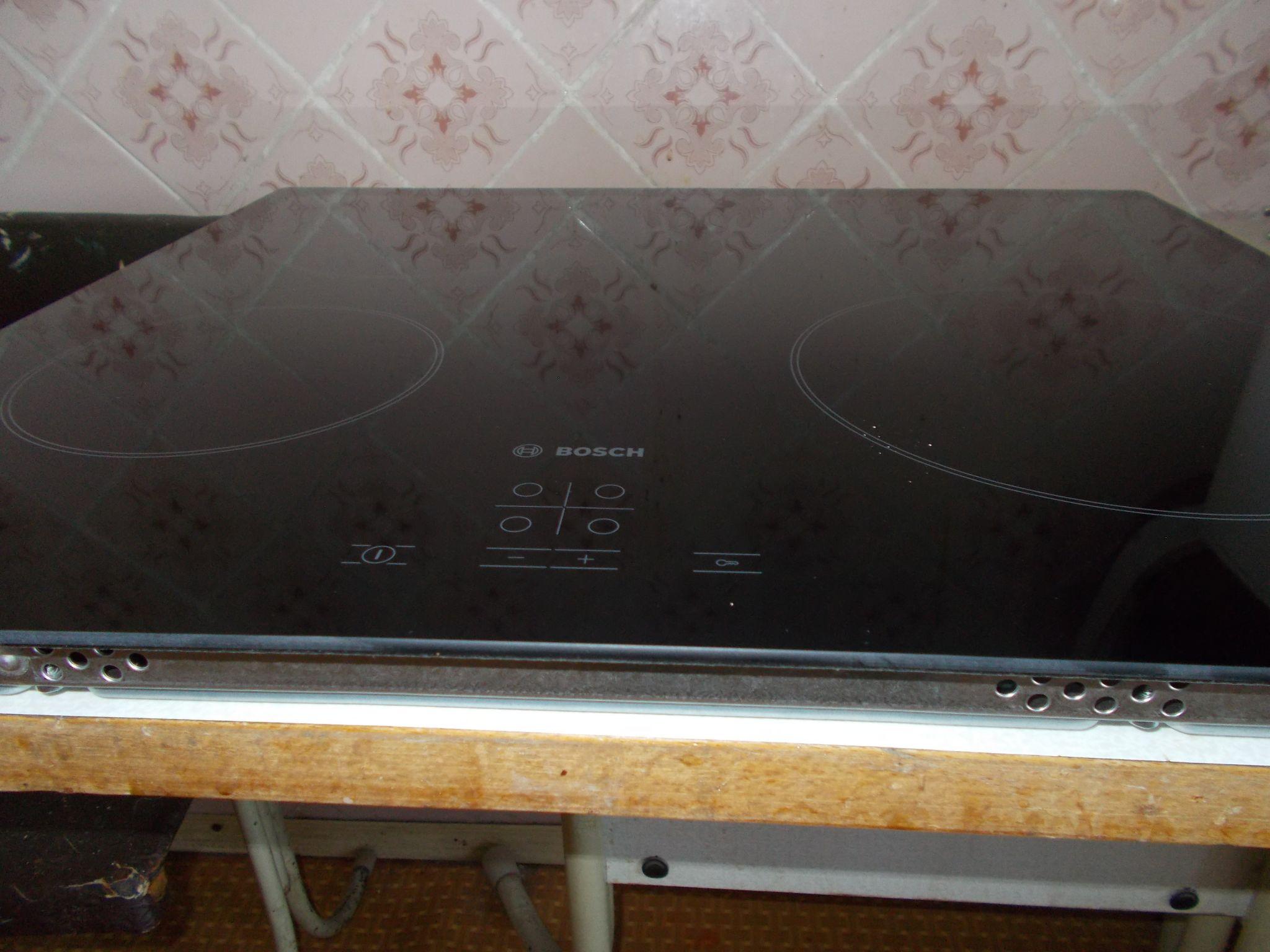 Обзор на электрическую варочную панель Bosch NeoKlassik Serie | 4 PKE611BA1R