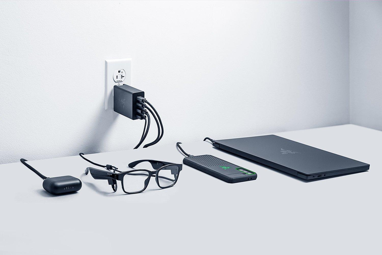 Как быстро зарядить сразу четыре устройства от одной розетки? Ответ даст новинка от Razer