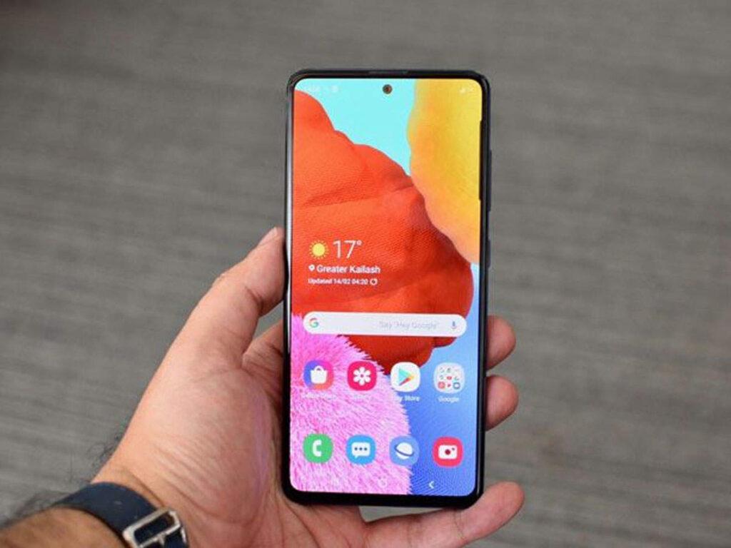 Samsung выпустила недорогой смартфон с огромной батареей. Характеристики и цена