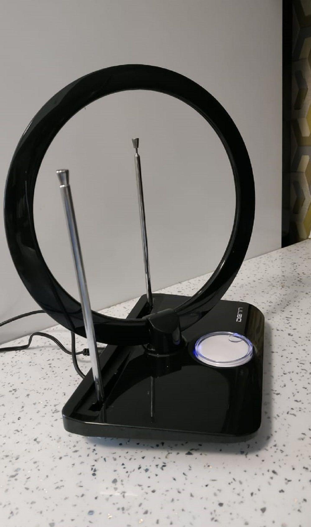Обзор на комнатную антенну Denn DAA238