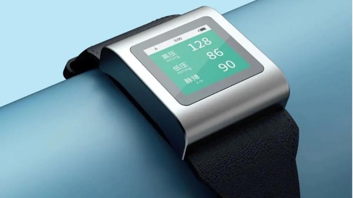 Xiaomi представила недорогие специальные часы для измерения давления