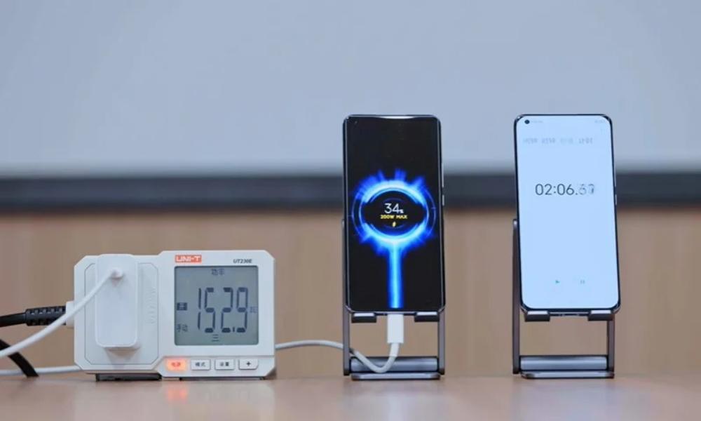 Xiaomi будет выпускать смартфоны без портов USB