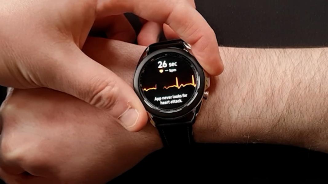 Умные часы Samsung в России заработали на полную мощь. Минздрав разрешил ЭКГ и тонометр