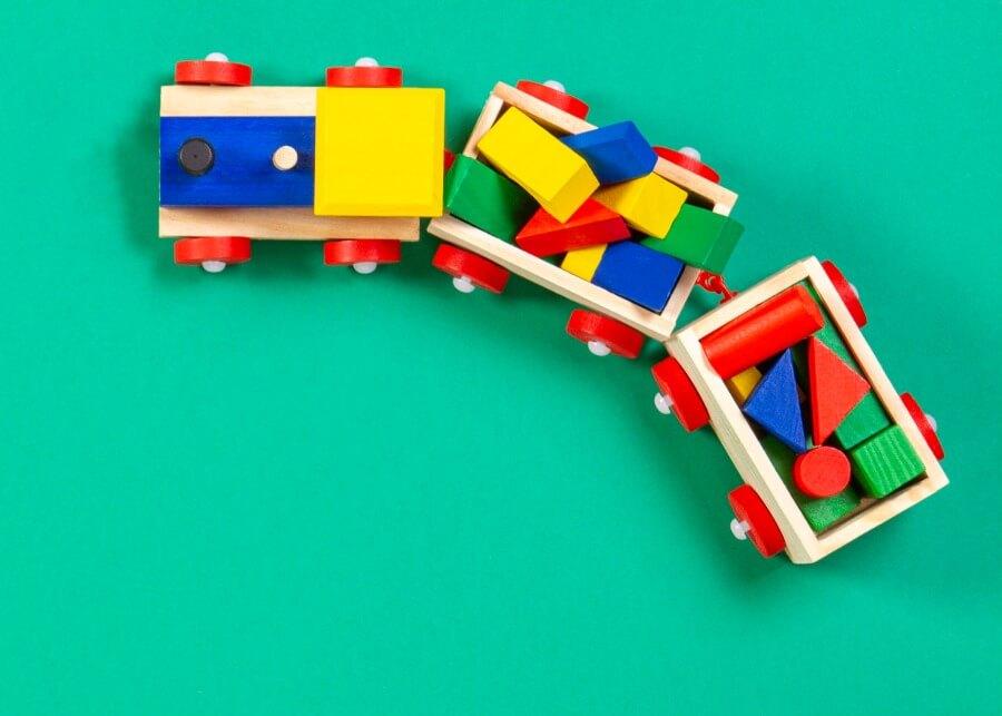 Гид для родителей: 10признаков безопасной игрушки
