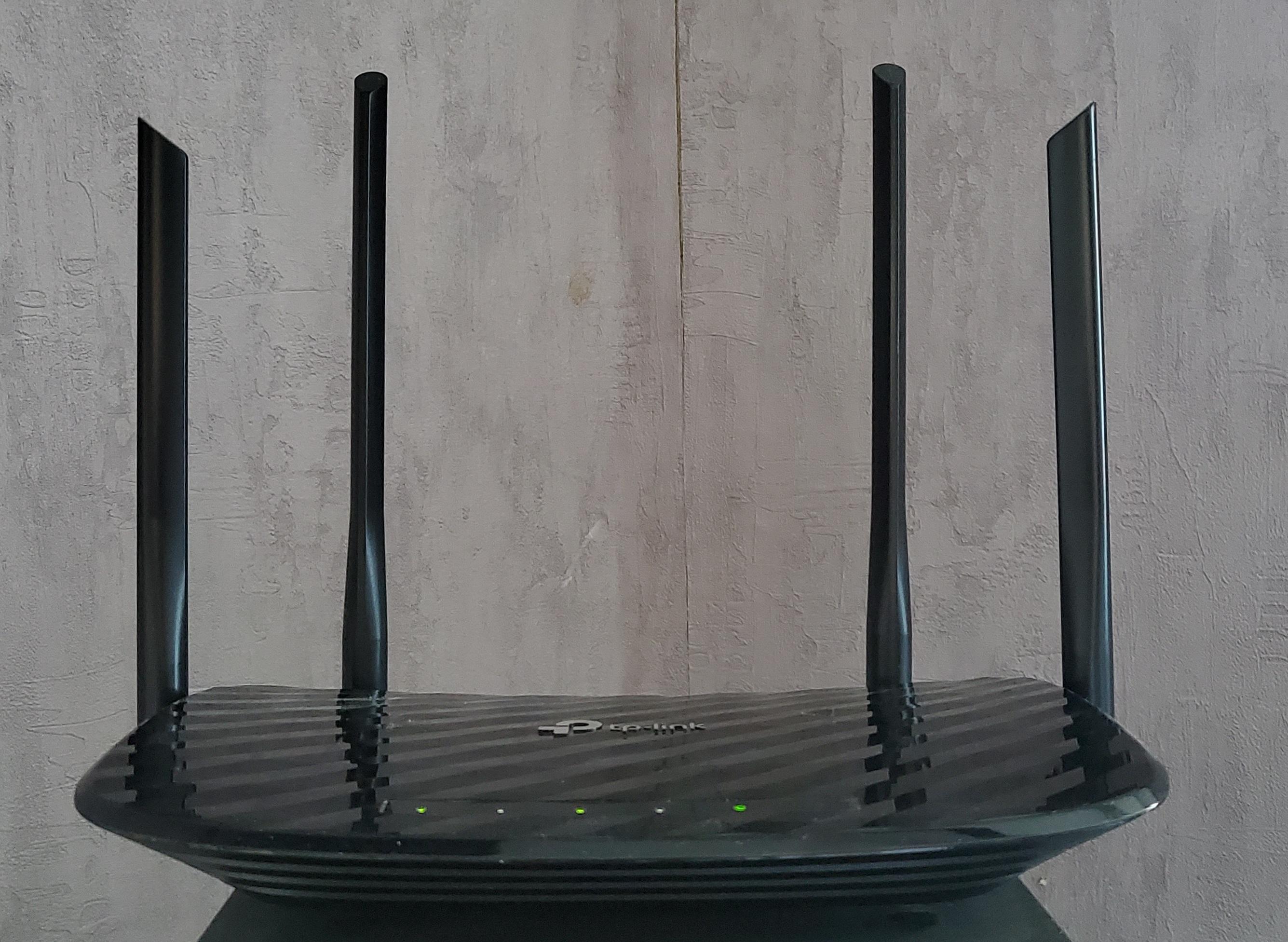 Обзор Wi-Fi роутера TP-Link Archer A6. Решил имевшуюся проблему, но принёс с собой другую