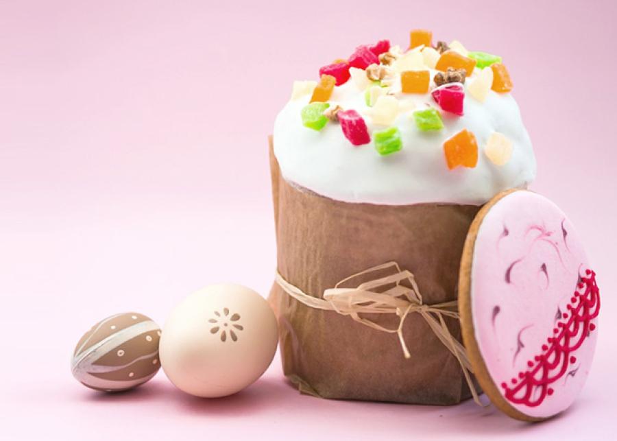 Зачем пекут куличи и красят яйца на Пасху?